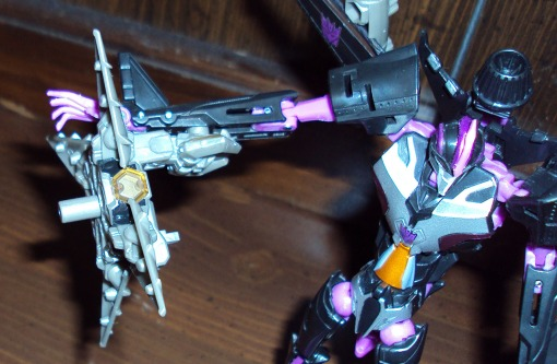 Takara Tomy Transformers Prime Skywarp 05