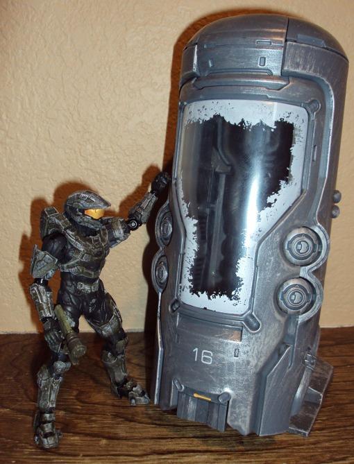 McFarlane Toys Halo 4 Cryotube Master Chief 06