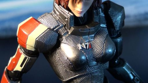 Square Enix Play Arts Kai Mass Effect 3 Female Commander Shepard 2