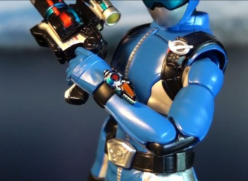 Bandai S.H.Figuarts Blue Buster 04
