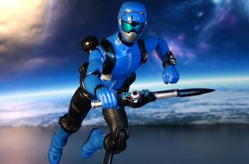 Bandai S.H.Figuarts Blue Buster 05