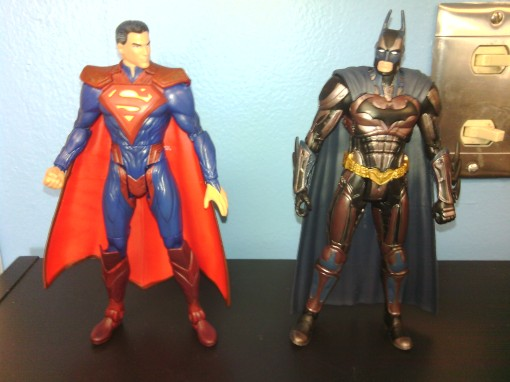 Mattel DC Unlimited Regime Superman & Insurgency Batman