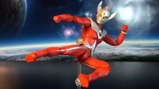 Bandai Ultra Act Ultraman Taro 03