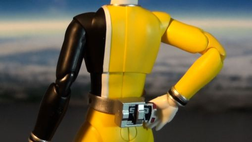 Bandai S.H. Figuarts Dekaranger Deka Yellow 03