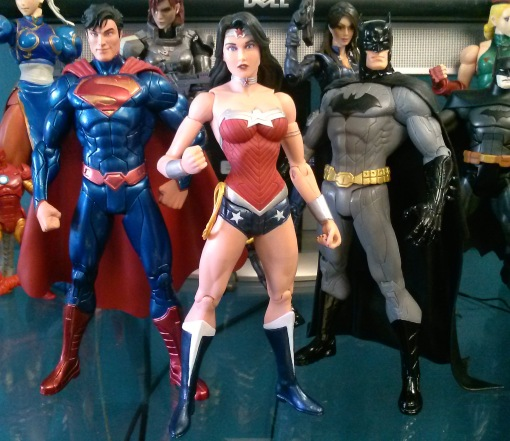 DC Collectibles Trinity War Superman Wonder Woman Batman 02