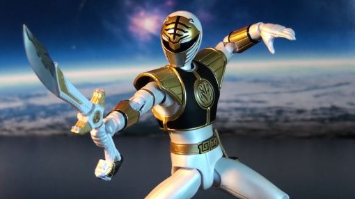 Bandai S.H. Figuarts Mighty Morphin Power Rangers White Ranger 06