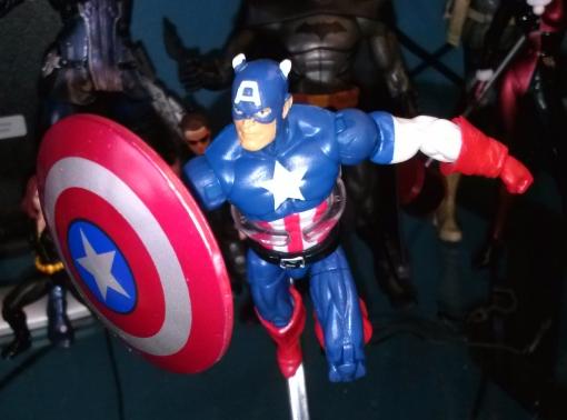Hasbro Marvel Universe Captain America 2013 03