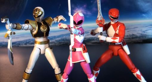 Bandai S.H. Figuarts Mighty Morphin Power Rangers Pink Ranger 06