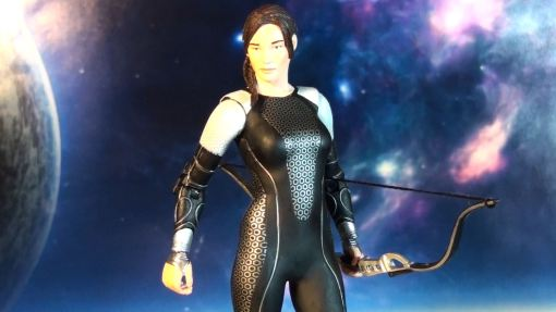 Neca Hunger Games Catching Figure Series 1 Katniss Everdeen 03