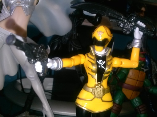 Bandai Super power Rangers Megaforce yellow ranger 06