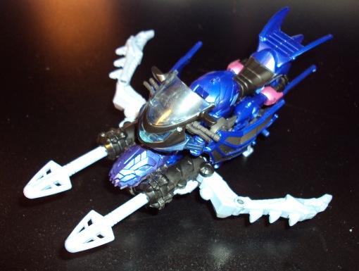Takara Tomy G22 Transformers Beast Hunters Arcee 03