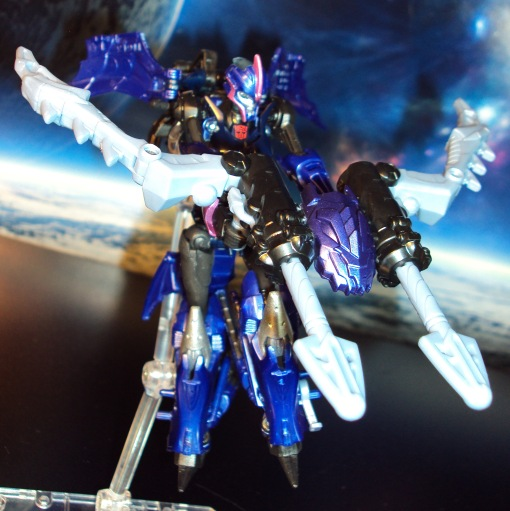 Takara Tomy G22 Transformers Beast Hunters Arcee 05