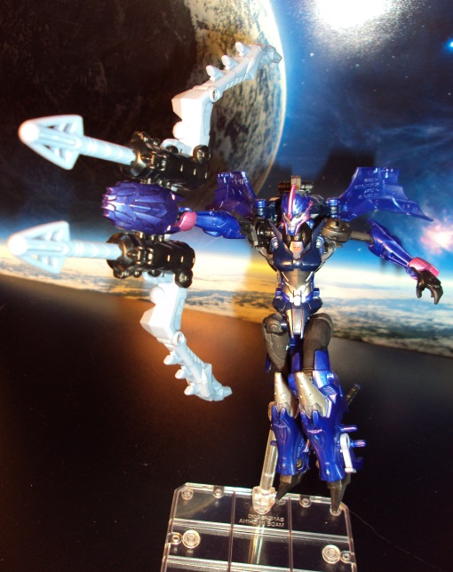 Takara Tomy G22 Transformers Beast Hunters Arcee 07