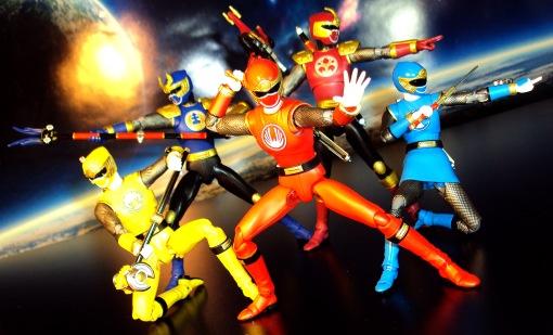 Bandai S.H. Figuarts Hurricanger Gouraiger Red Blue Yellow Kawaga Kabuto