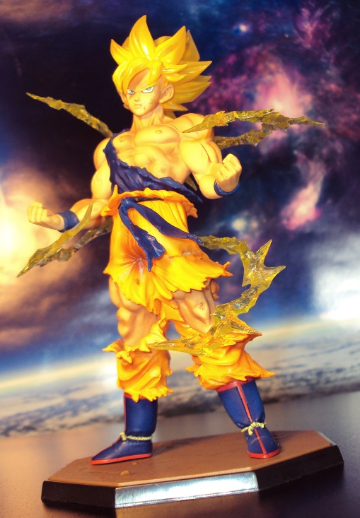 Bandai Figuarts Zero Dragon Ball Z Super Saiyan Son Gokou Statue 03