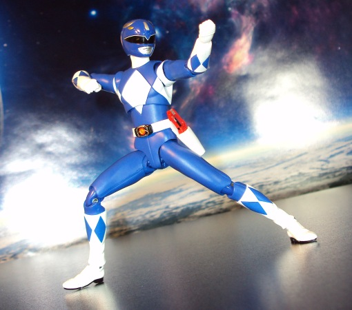 Bandai S.H. Figuarts Mighty Morphin Power Rangers Blue Ranger 03