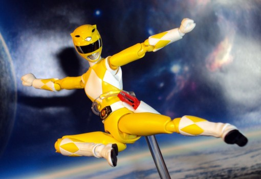Bandai S.H. Figuarts Mighty Morphin Power Rangers Yellow Ranger 04