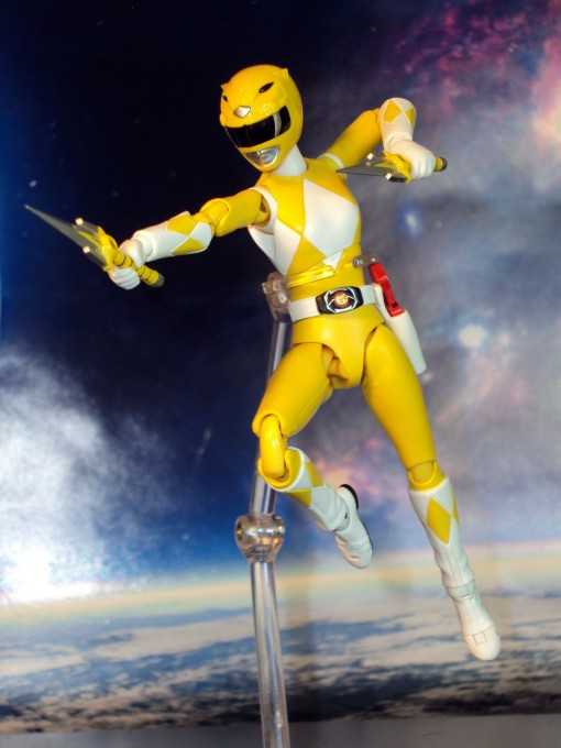 Bandai S.H. Figuarts Mighty Morphin Power Rangers Yellow Ranger 05