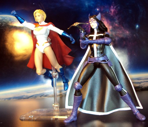 DC Collectibles New 52 Worlds' Finest Huntress Power Girl 2-Pack 03