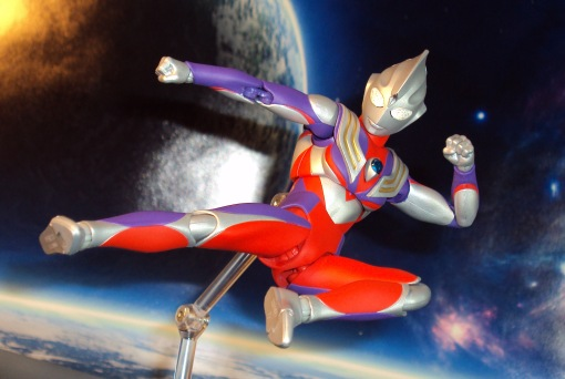 Ulra-Act Ultraman Tiga Multi Type Renewal 03