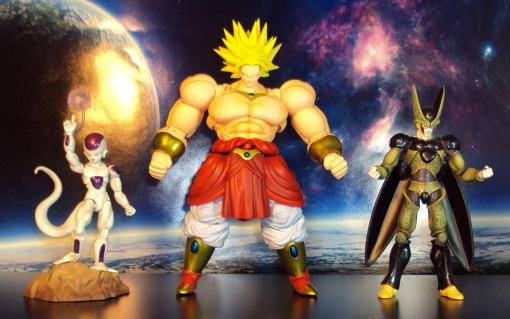 Bandai SH Figuarts Dragon Ball Z Super Saiyan Broly 03