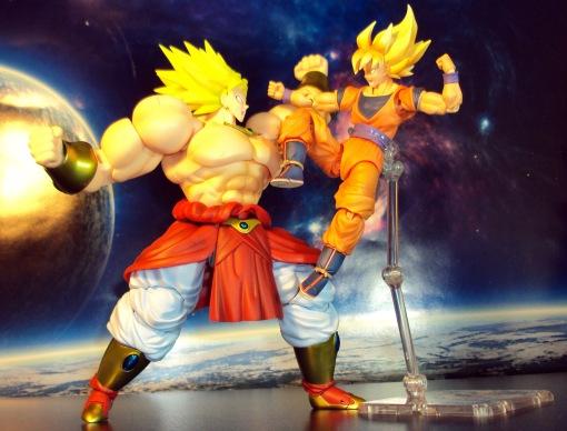 Bandai SH Figuarts Dragon Ball Z Super Saiyan Broly 07