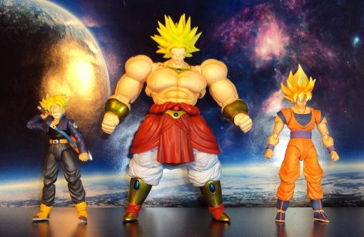 Bandai SH Figuarts Dragon Ball Z Super Saiyan Broly 08