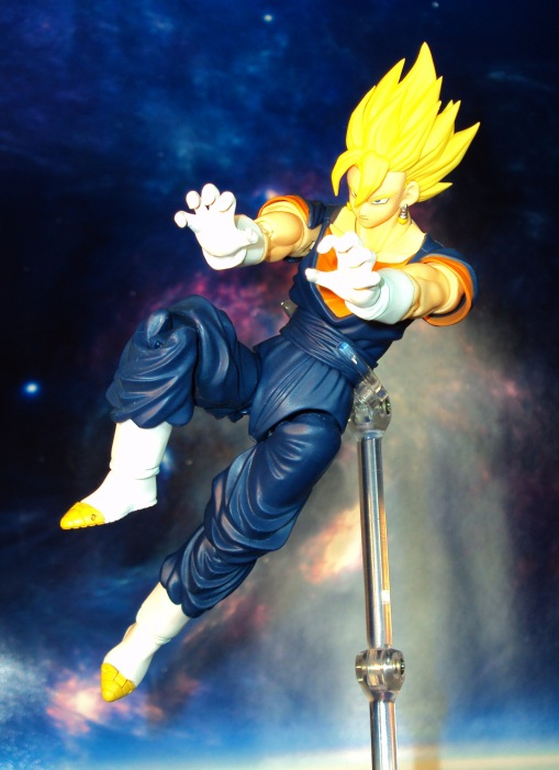 Bandai S.H.Figuarts Dragon Ball Z Vegetto 07