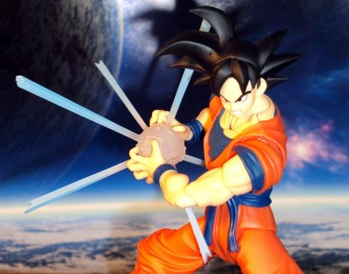 SDCC Bandai S.H. Figuarts Dragon Ball Z Son Goku Frieza Saga 09
