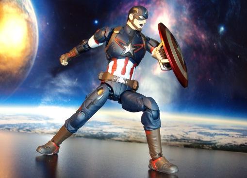Bandai S.H. Figuarts Avengers Age of Ultron Captain America 04