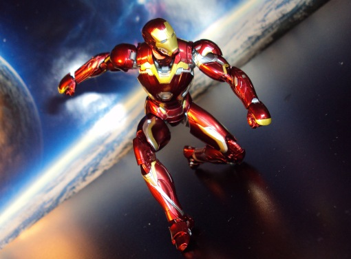 Bandai S.H. Figuarts Avengers Age of Ultron Iron Man Mark 45 03