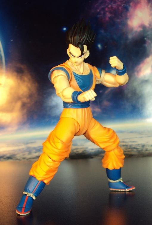 Bandai S.H. Figuarts Dragon Ball Z Ultimate Son Gohan 03