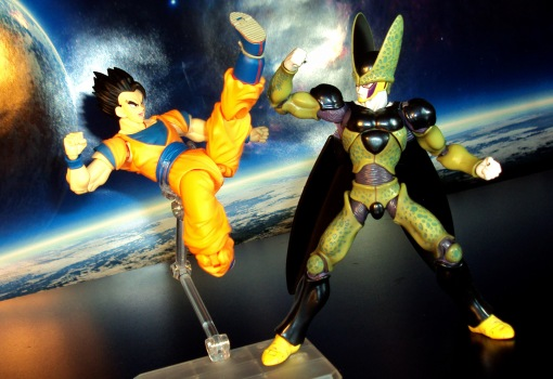 Bandai S.H. Figuarts Dragon Ball Z Ultimate Son Gohan 06