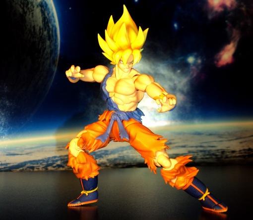 Bandai S.H.Figuarts Super Saiyan Awakening Son Goku 04