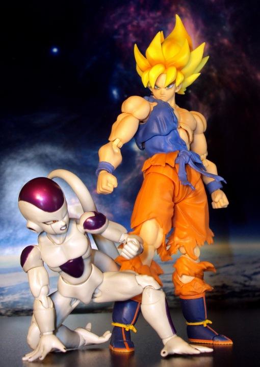 Bandai S.H.Figuarts Super Saiyan Awakening Son Goku 13