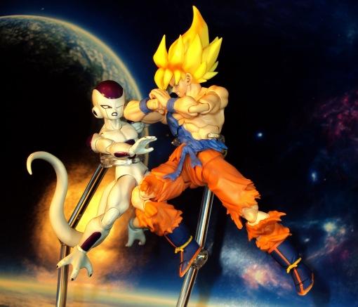 Bandai S.H.Figuarts Super Saiyan Awakening Son Goku 14