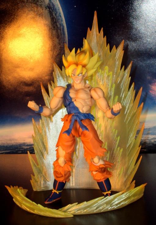Bandai S.H.Figuarts Super Saiyan Awakening Son Goku 15