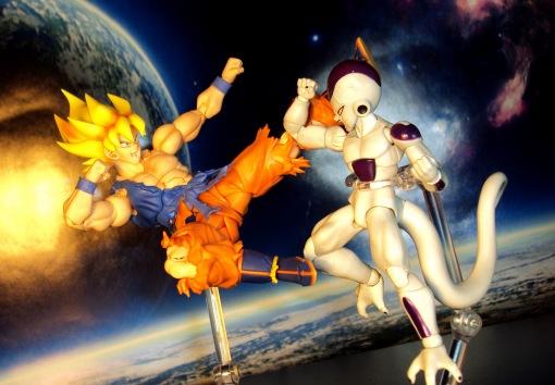 Bandai S.H.Figuarts Super Saiyan Awakening Son Goku 16
