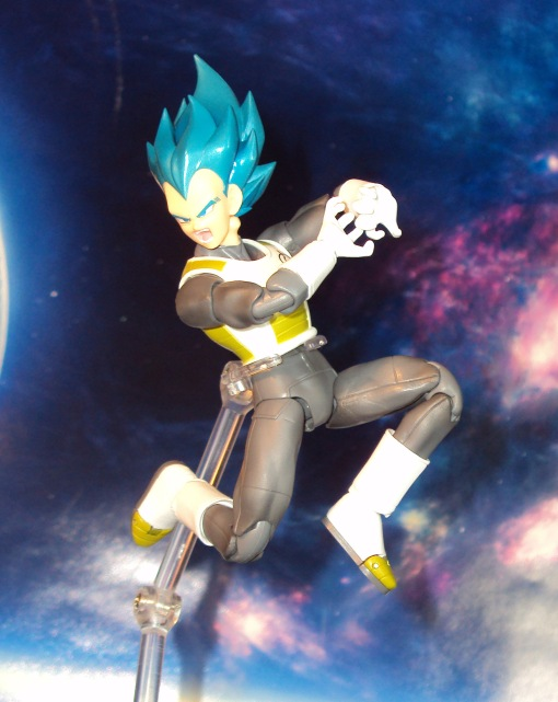 Bandai S.H. Figuarts Dragon Ball Super Saiyan Blue Vegeta 06
