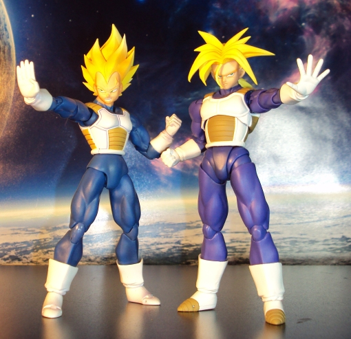 Bandai S.H. Figuarts Dragon Ball Z Super Saiyan Trunks Saiyan Armor 04